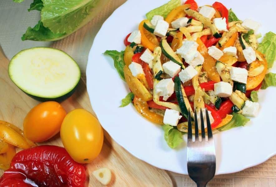 салат с запеченными овощами