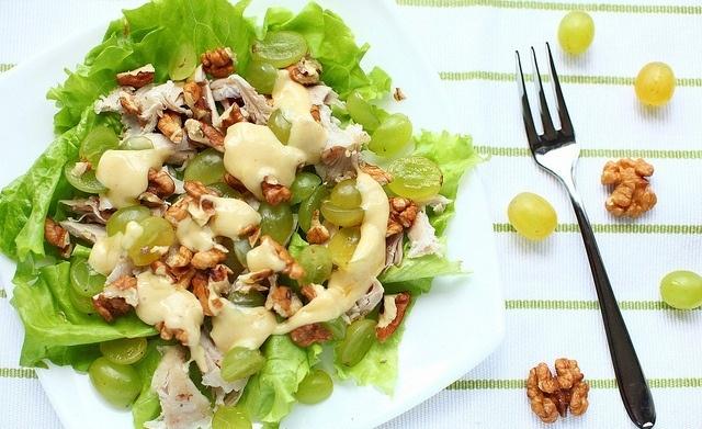 салат с телятиной и виноградом