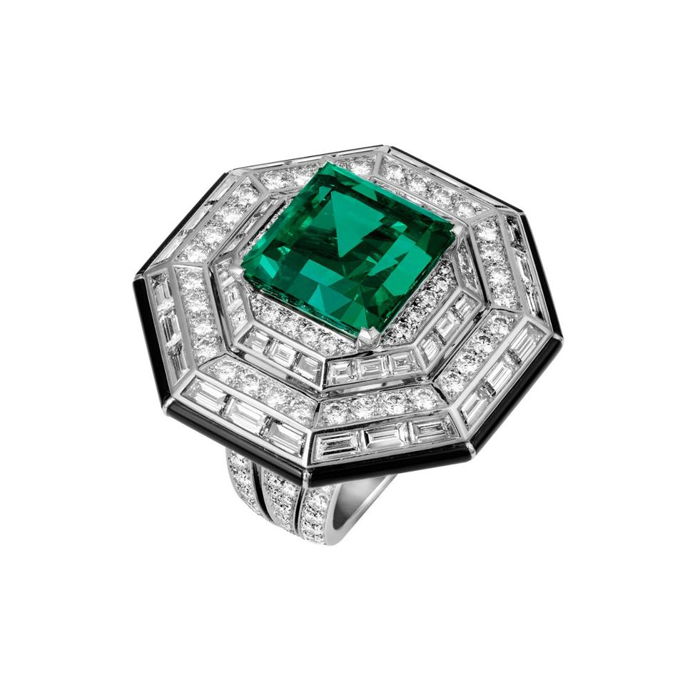 emerald talisman gemstone