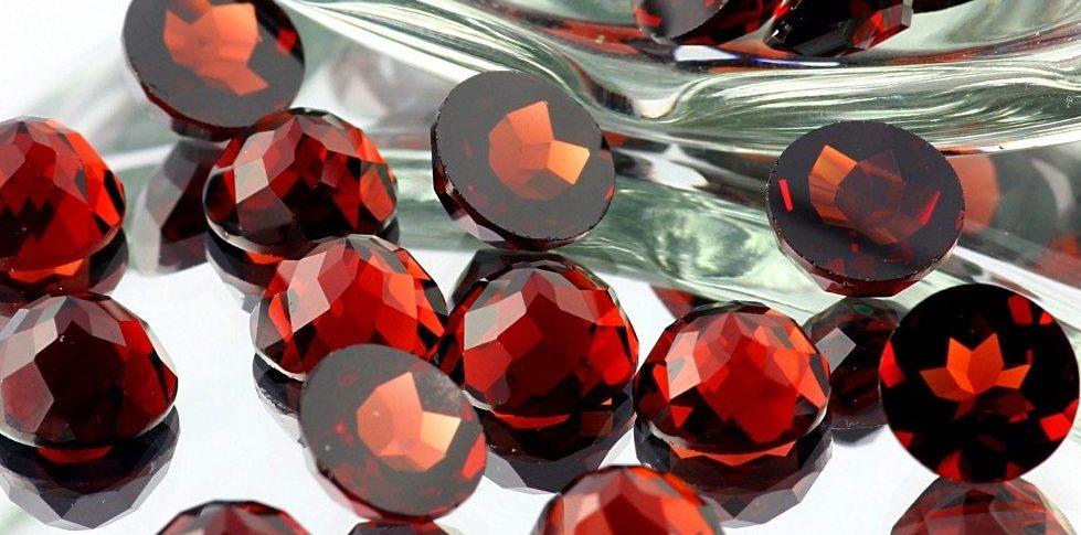 Камень Аполлона - магические свойства гиацинта