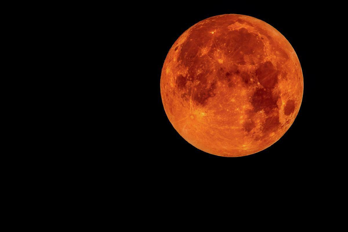 full blood moon
