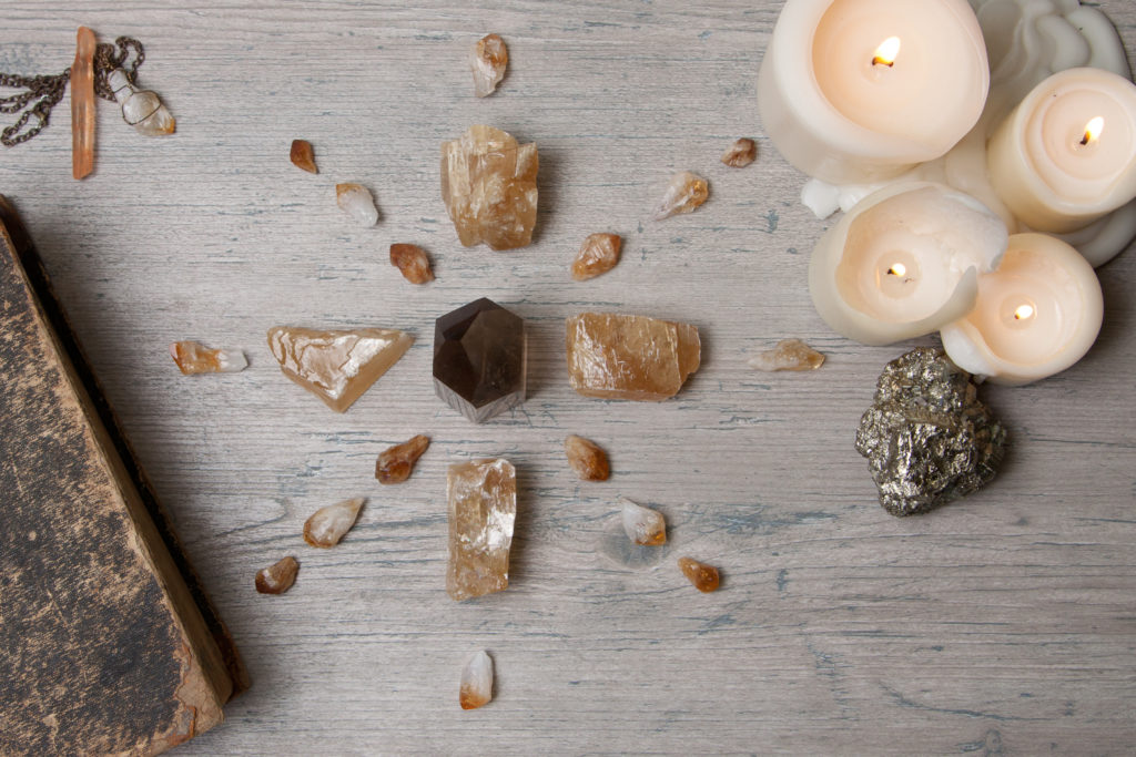 new moon crystals rituals